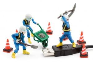 virus-usb-300x200 Comment vérifier la réelle capacité d'une clé USB ?
