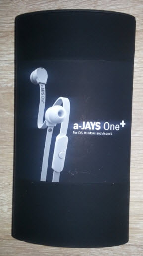 white-a-jays-one-plus Test /Review : Ecouteurs avec kit pieton a-JAYS One +