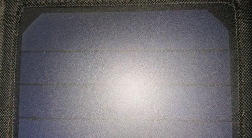 panneau-solaire-500x273 Test / Avis: Aukey PB-P4, panneaux solaires 21 W, 2 ports USB de 2 A