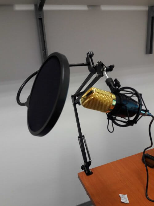 micro_aukey-02-500x667 Test / Avis: Microphone à condensateur de Aukey