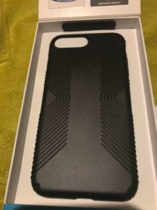 IMG-2670-e1522492614790-225x300 Test / Avis : Coque iPhone 7 Plus Speck Presidio Grip noire