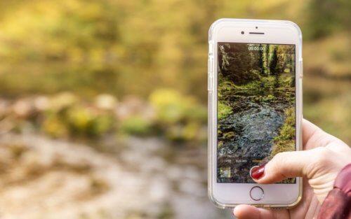 smartphone main paysage